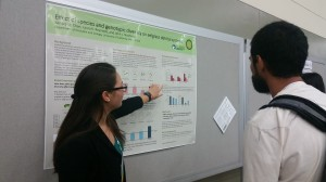 ZENtern Kendra Chan discusses eelgrass genotypic diversity during the ESA poster session